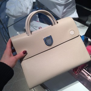 Let s Look At The Replica Dior Diorever Tote Bag - Best Cheap ... f84f48d4637a4