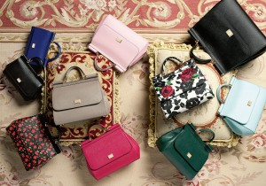 simple-colorful-and-printed-handbags-and-clutches-by-Dolce-Gabbana-2