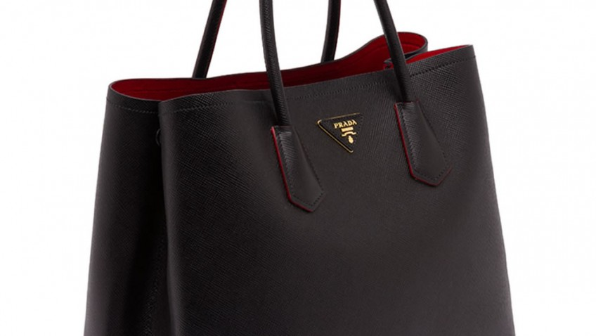 03dacd90a0e Full Review Of Replica Prada Saffiano Leather Double Black and Red Bag. By  bagshome Apr 15, 2016 No Comments. We are all accustomed with Prada s  surprising ...
