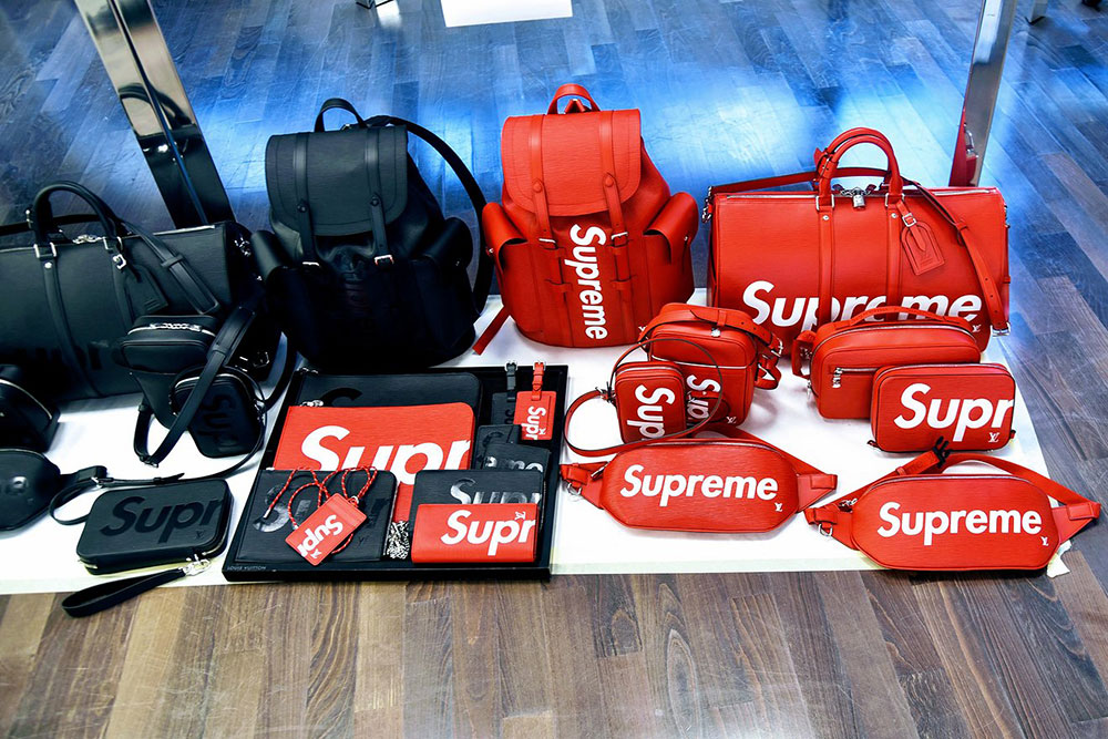 b57528d36929 High Grade Louis Vuitton Teams Up With Supreme for Fall 2017 Men s Bags and  Shoes That Are Certain to Sell Out Replica Online Shopping - Best Cheap  Designer ...